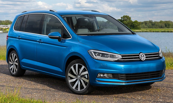2015 volkswagen touran 1 6 tdi 110 se a seven seat golf. Black Bedroom Furniture Sets. Home Design Ideas
